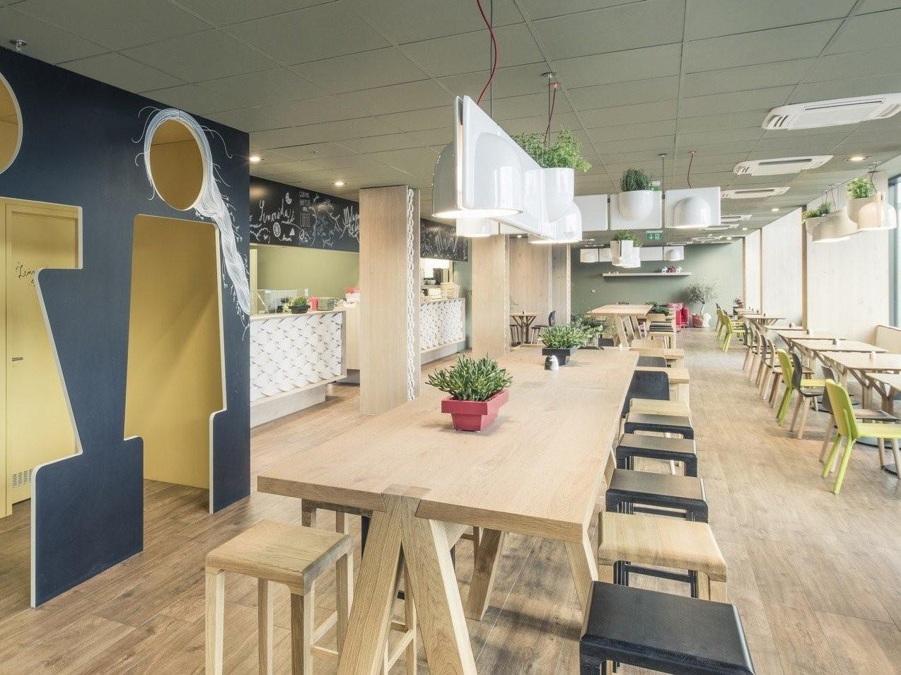 inForm Vodavone Cafe 2